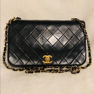 CHANEL Lambskin 24k Quilted Chain Classic Flap Bag